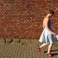 Sommerkleid mit Paspel- fertig